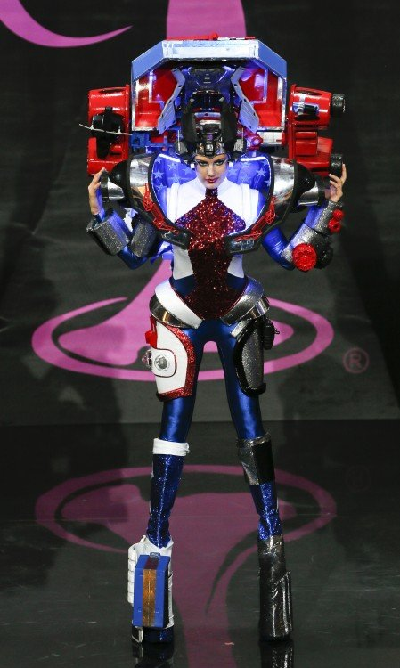 traje de estados unidos en forma de un robot