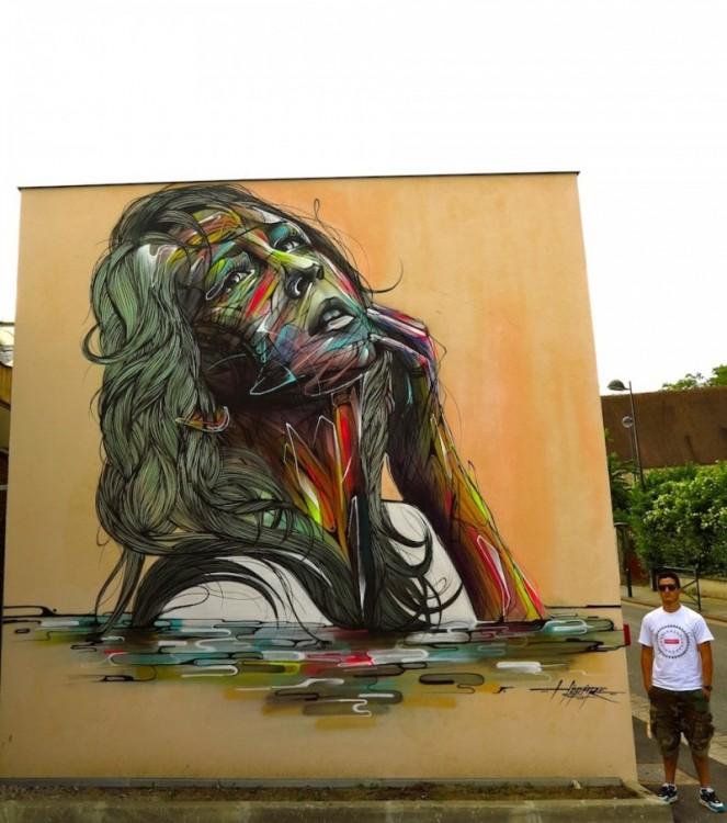женщина окрашены на стене с лицом ностальгия