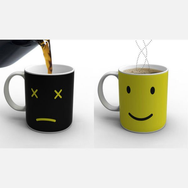 tasa de café que Cambia de color cuando se calienta