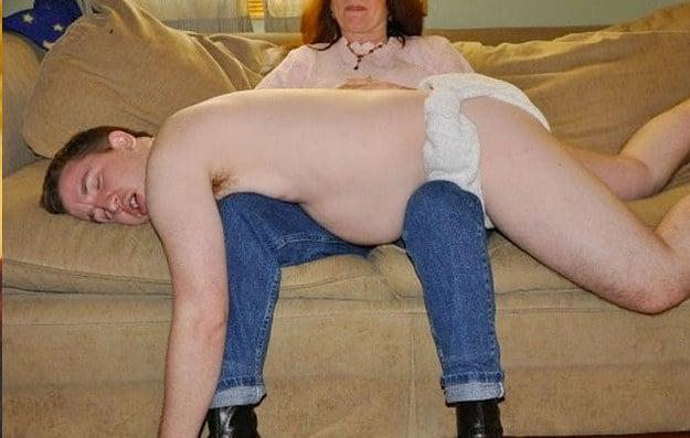 madre con hijo en piernas