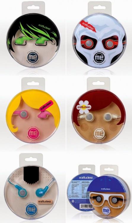 audifonos con empaque de caritas de personajes de diferentes colores