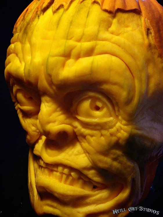 creepy-pumpkin-carvings-jon-neill-5 (1)
