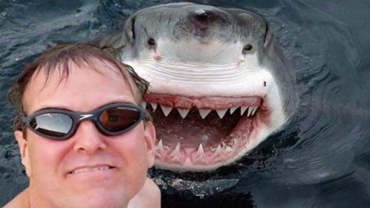 selfie con tiburon