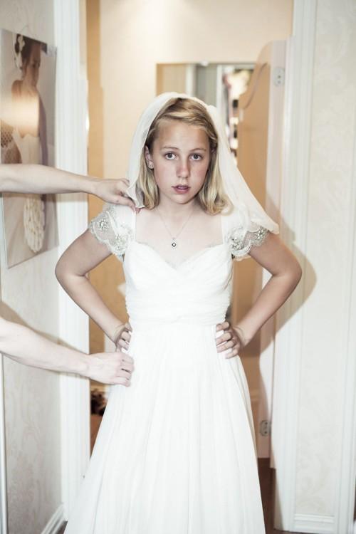 Thea niña de 12 años se casa en noruega