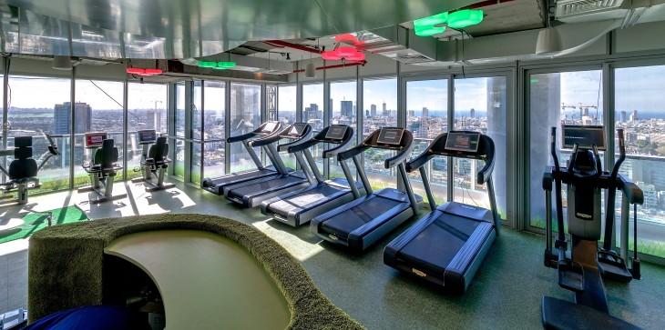 oficina aparatos de ejercicio