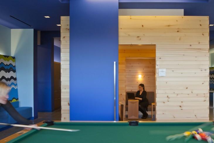 oficina con pool