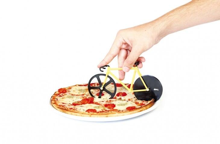 bicicleta corta pizzas