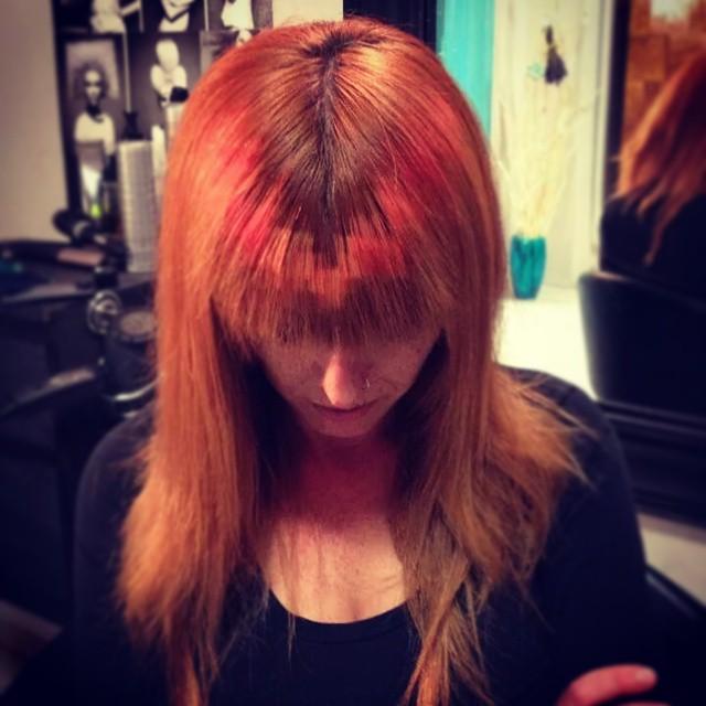 cabeller roja con un degradado en la parte de enfrente