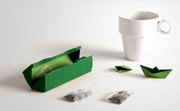 bolsas de té con barco de papel