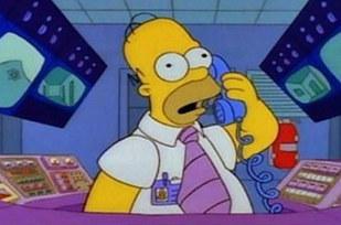 Errores en los simpson El teléfono de Homero cambia de color