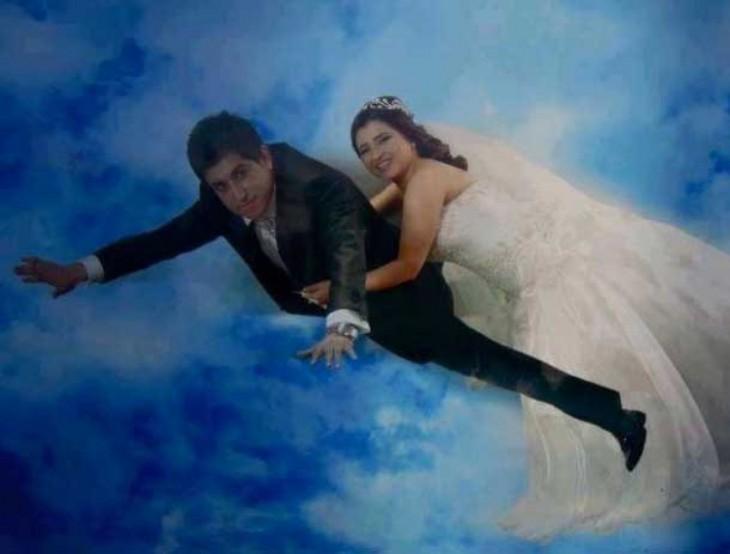 Recién casados volando
