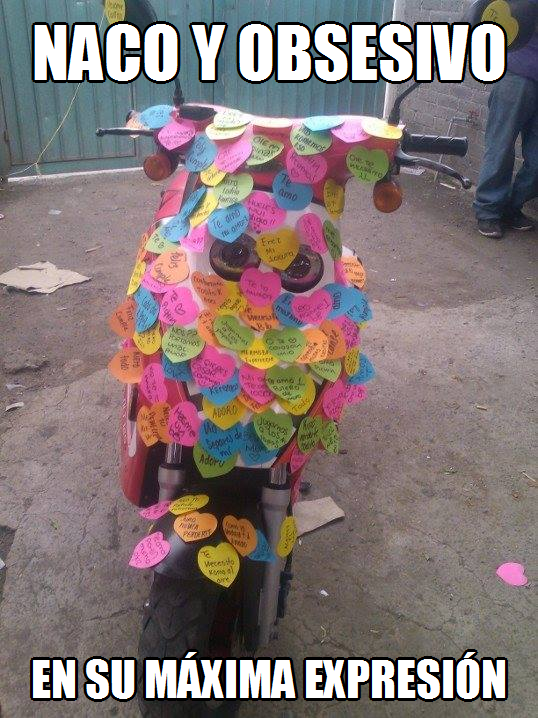 moto con post-it