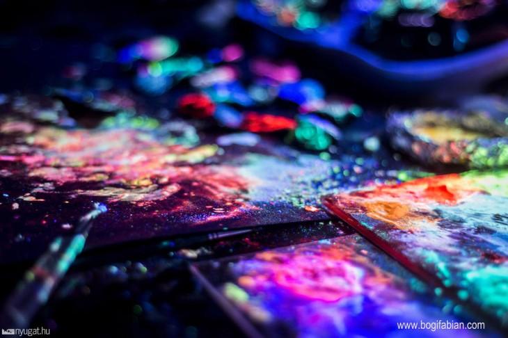 paleta con colores neon