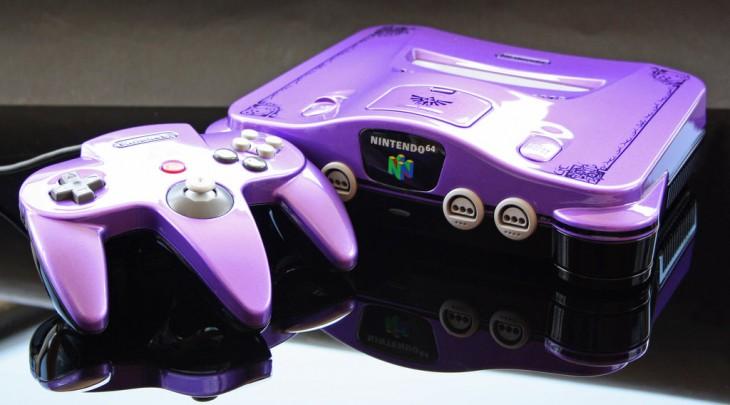 Consola de Nintendo 64 color morado