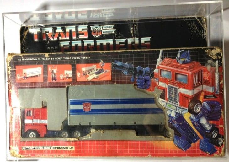 Figura de acción de optimus prime