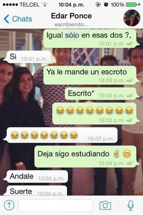 Screenshot de una conversación de whatsapp de unos amigos hablando acerca de tareas