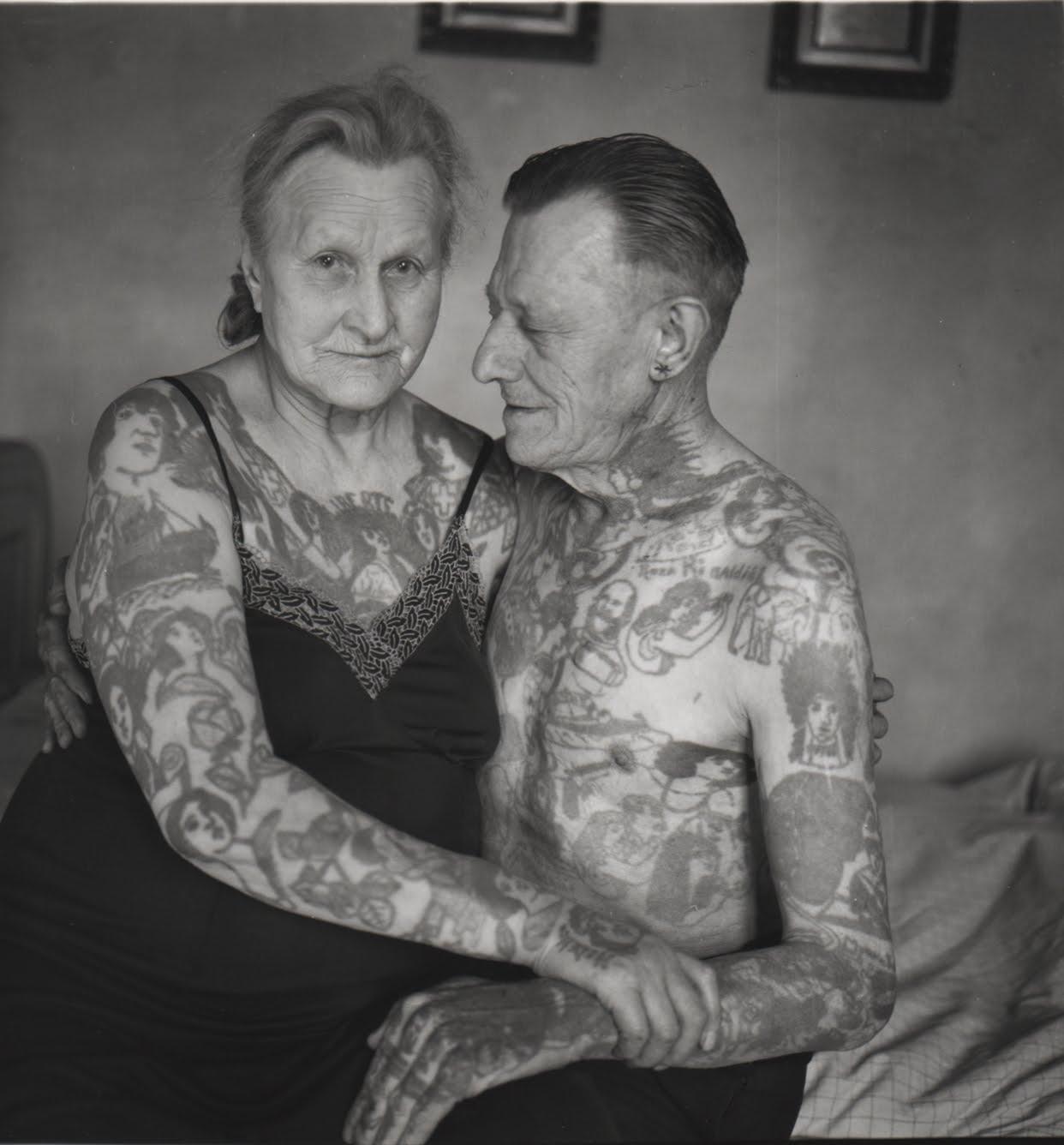 Adultos Mayores Que Responden Como Luciran Tus Tatuajes - Tatuajes-maores