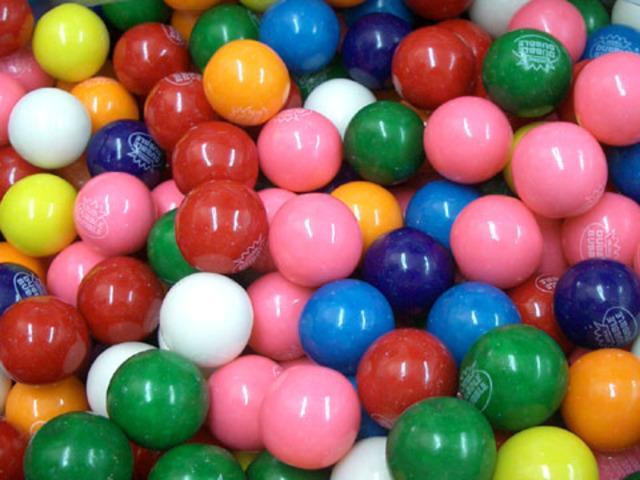 Chicles de bolita diferentes colores