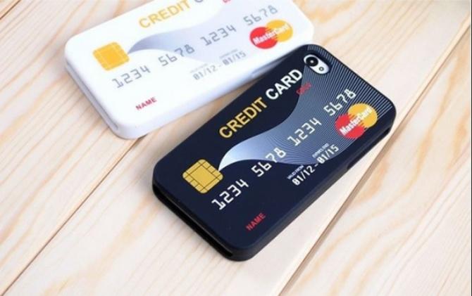 funda de iphone con diseño de tarjetas de crédito