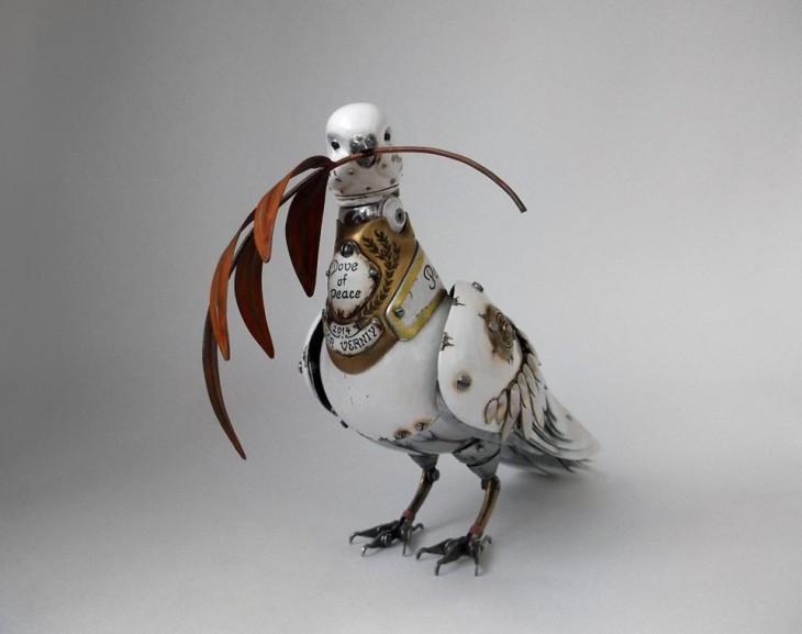 paloma de la paz hecha de basura Igor Verniy