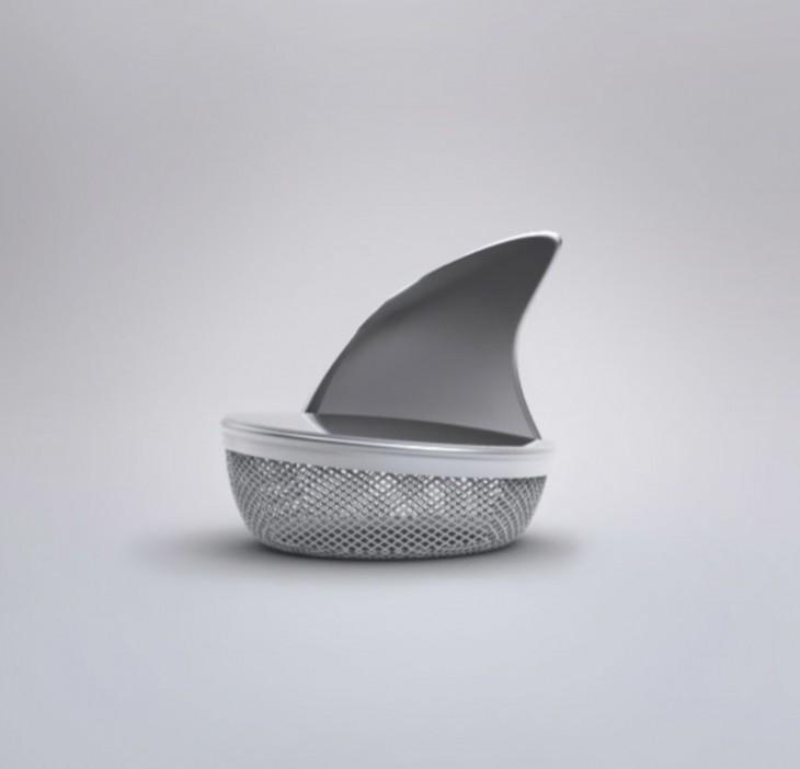 infusor en forma de aleta de tiburón