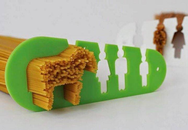 Utensilio que sirve para medir el spaghetti