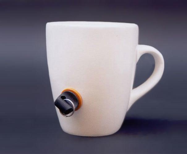 taza con seguro