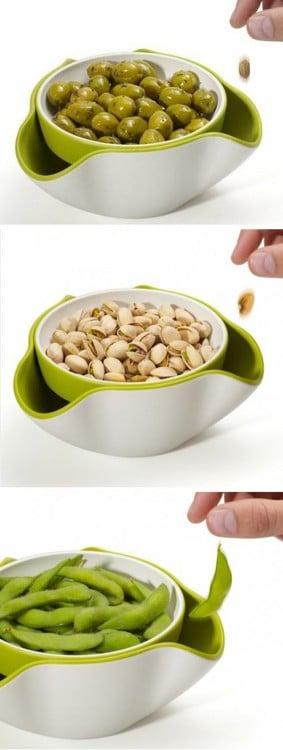 Imagen en tres partes que muestra como se utiliza esta herramienta para el contenido de las botanas