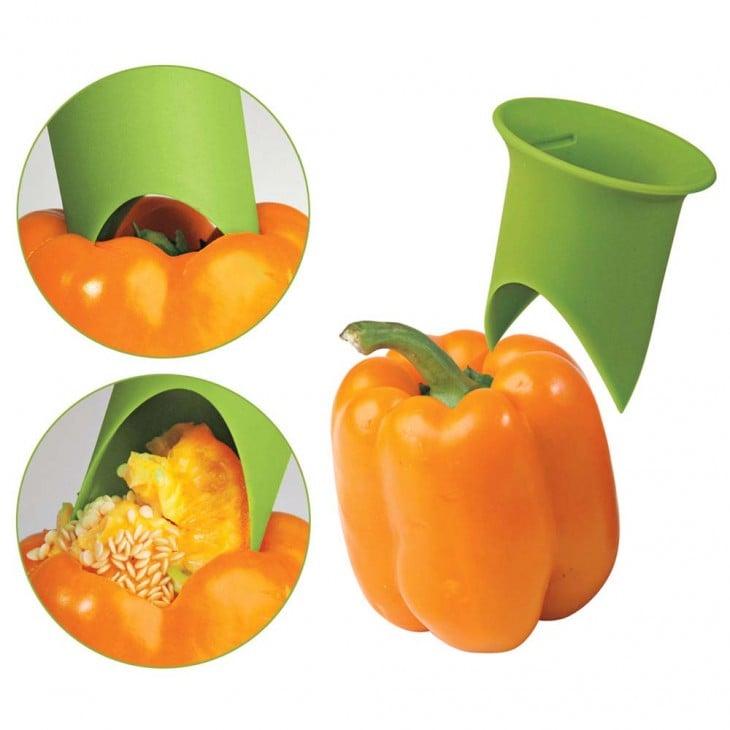 Utensilio para sacar la semilla sin necesidad de partir las verduras