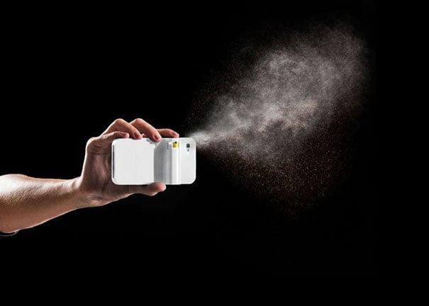 Diseño de una funda para celular con gas pimienta incluido