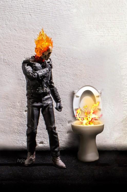 firelors en versión irónica de Edy Hardjo.