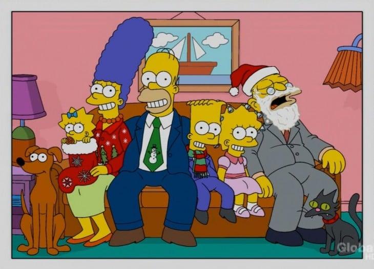 Los simpson Posando para la foto de navidad