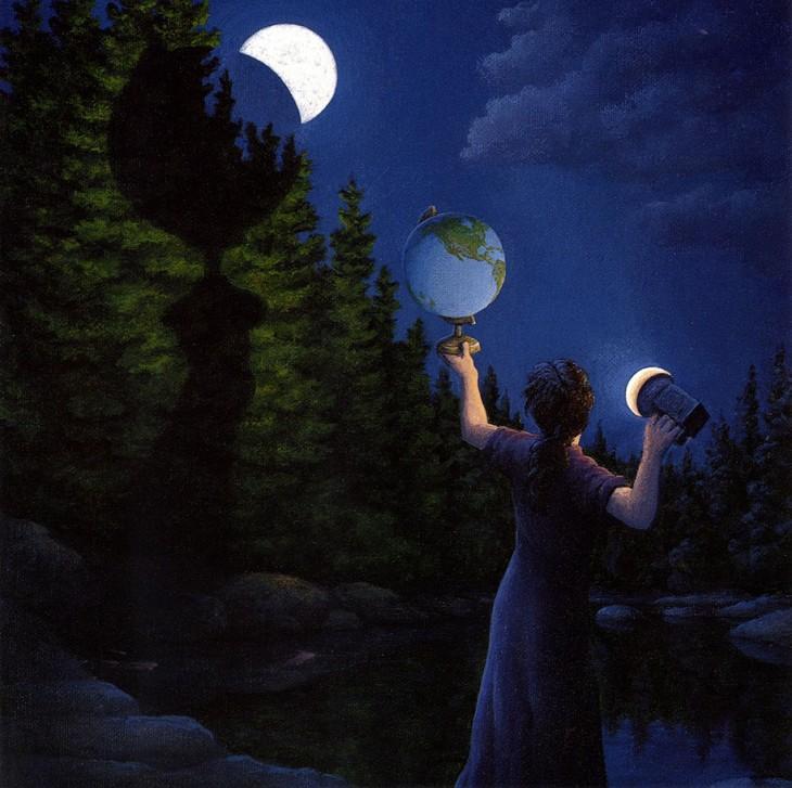 Mujer con un globo terraqueo en la mano y alumbrandolo con una linterna y formando una sombra en un pino y la luna