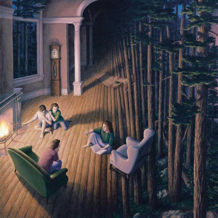 Personas reunidas en la sala de una casa y a un costado pinos de un bosque