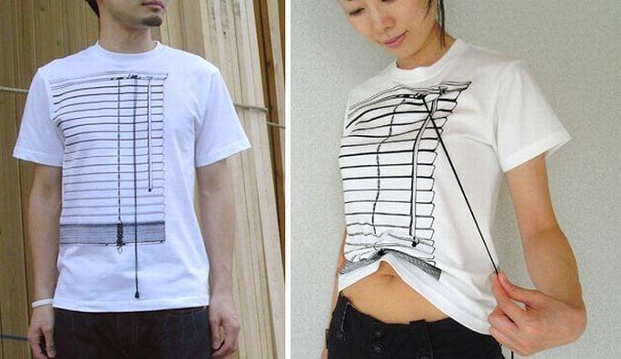 Imagen dividida en dos partes en una un chico con camisa que simula una persiana y la otra mujer con playera persiana