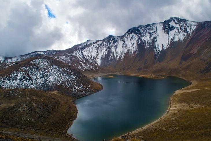 Lagunas en el nevado de Toluca en México