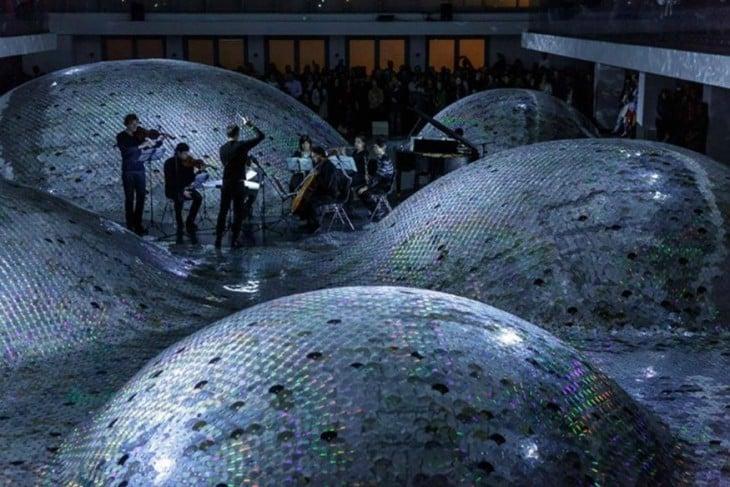 Concierto de orquesta presentando en Wastelandscape ubicado en Eslovaquia