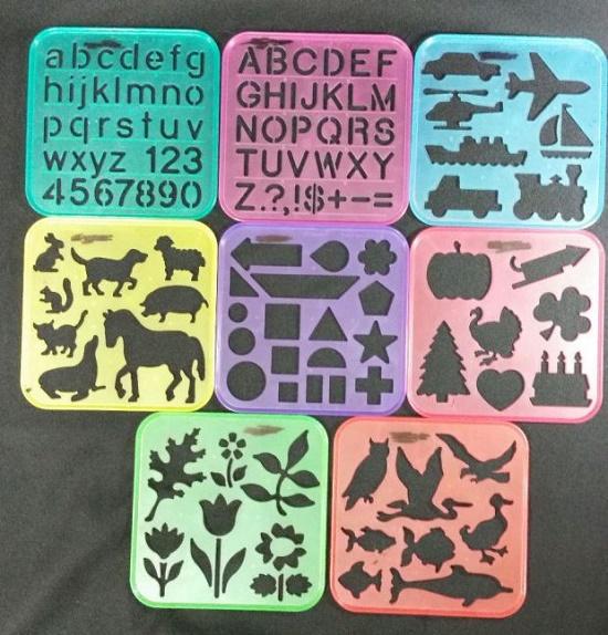 Tablillas de figuras para dibujar sobre hojas