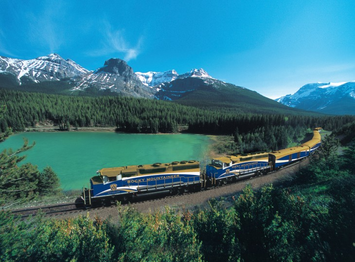 Crucero a través del tren Rocky Mountaineer