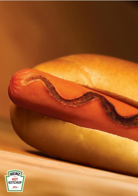 salchicha con Ketchup Picante Heinz