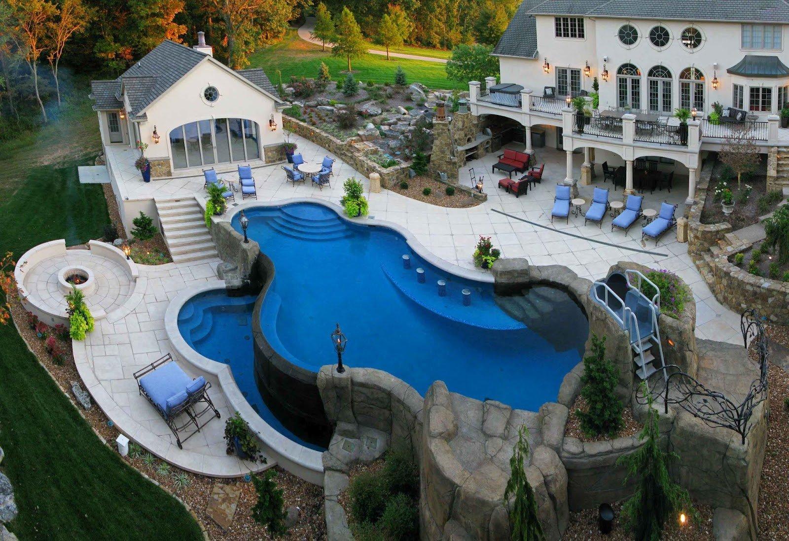 32 cosas para comprar una vez que seas millonario for Casa de lujo minimalista y espectacular con piscina por a cero