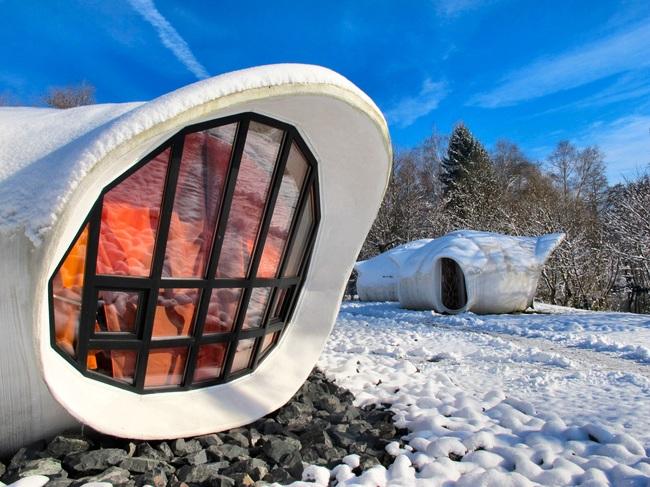 hotel en Francia que esta rodeado de nieve