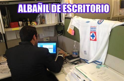 situaciones que todo godinez entiende (42)