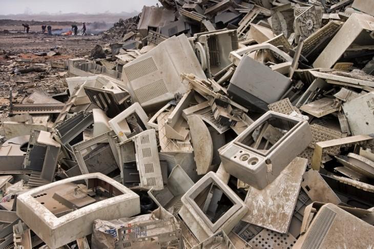 La mayor parte de la basura tecnológica va a parar al tercer mundo, como muestra la foto tomada en Aggar, Nigeria