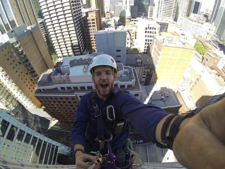 selfie limpiando rascacielos en usa