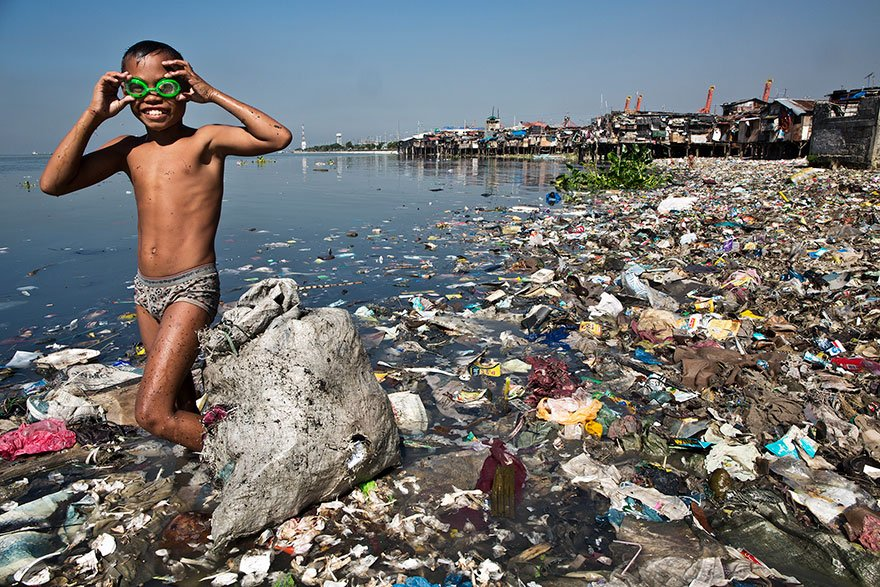 recylce americans are very polluted people essay Recycling persuasive essay people don't care if they litter due to the fact that they will landfills are very hazardous that can also damage.