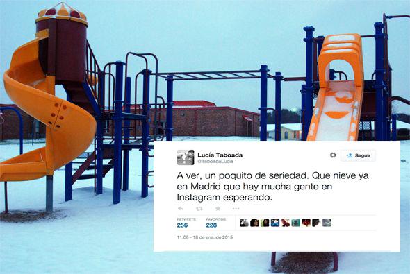 tuit sobre las nieve en las escuela