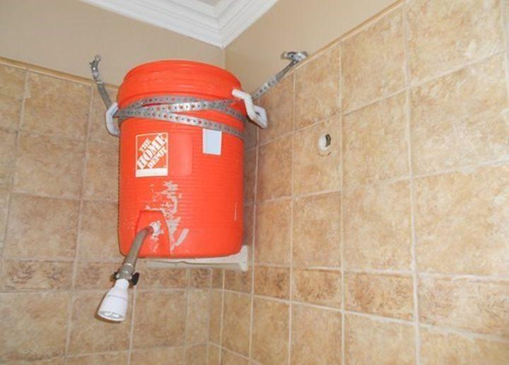 tinaco estilo Home depot como regadera de baño