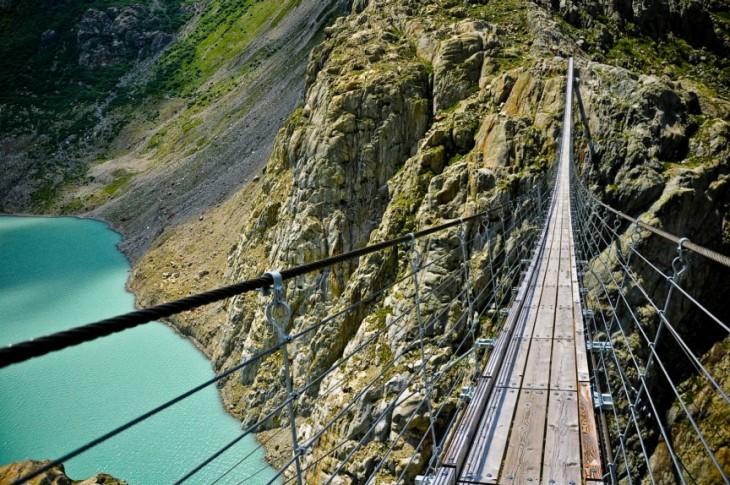 Puente Trift en Suiza