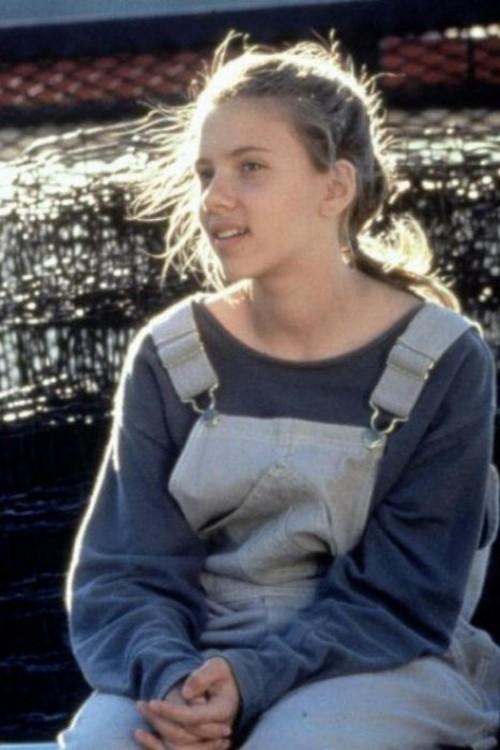 Scarlett Johansson  de niña